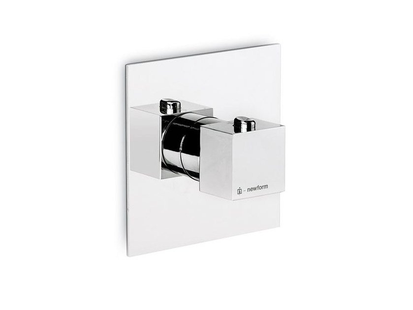 Thermostatic thermostatic shower mixer ERGO-Q | Thermostatic shower mixer by NEWFORM