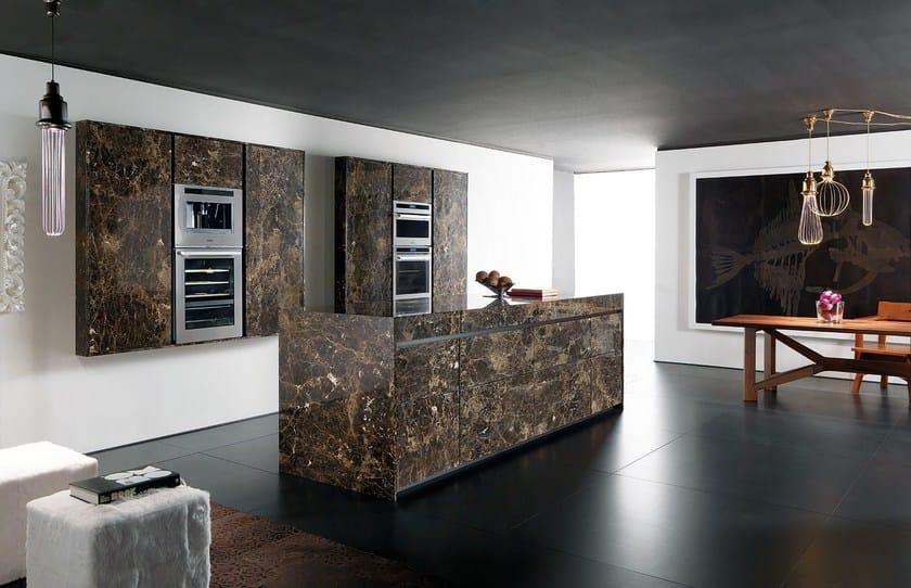 Cucina in marmo con isola essential emperador dark - Cucine in marmo ...