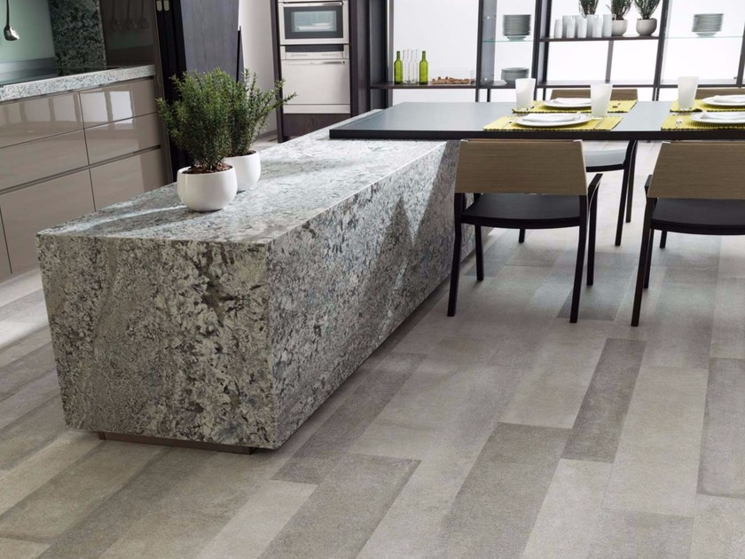 Indoor/outdoor porcelain stoneware flooring with stone effect ESTOCOLMO - Venis