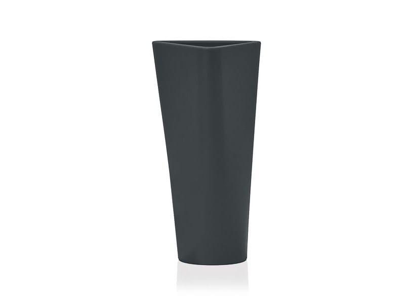 Polyethylene vase EVE - B-LINE