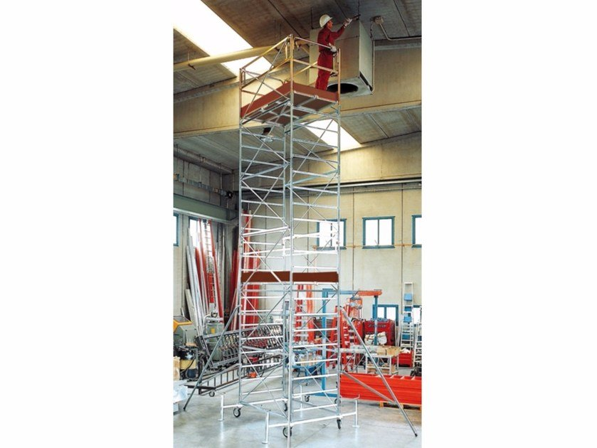 Mobile scaffolding for construction site EXPORT HD - Frigerio Carpenterie