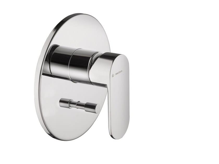 Single handle shower mixer EXTRO | Single handle shower mixer - NEWFORM