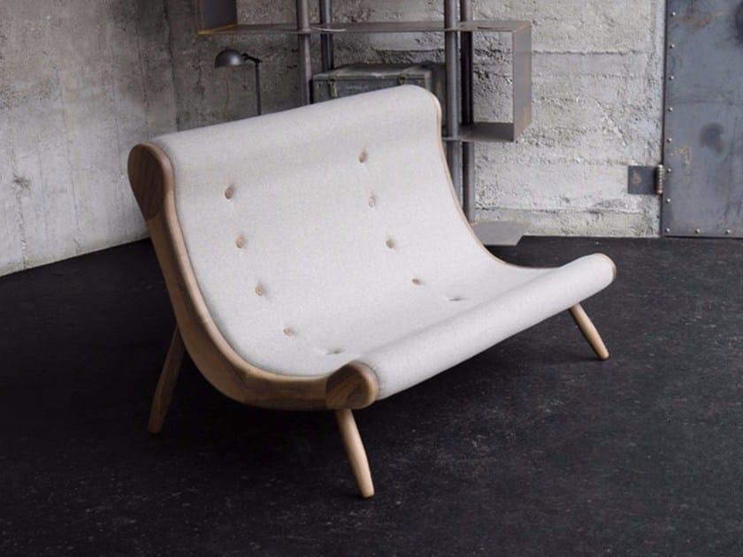 Fabric small sofa EYE | Small sofa - HOOKL und STOOL