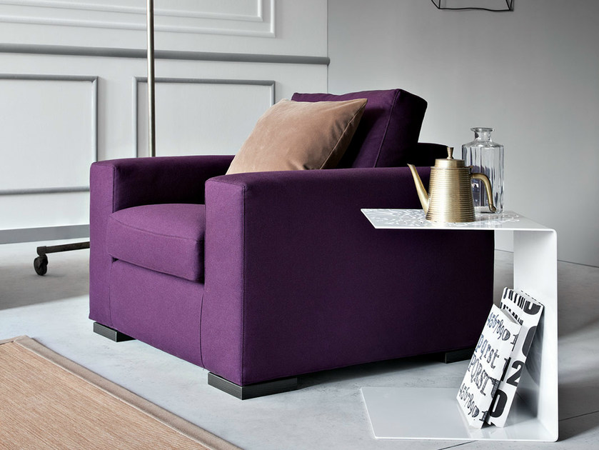 Upholstered armchair with removable cover with armrests FAMILY | Armchair - PIANCA