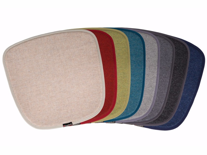 Chair cushion FENICE | Chair cushion by KUBIKOFF