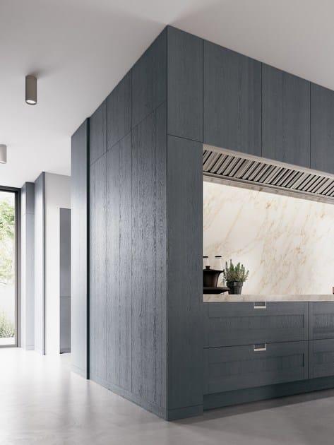 Cucina in legno impiallacciato con isola fiamma gd for Df arredamenti