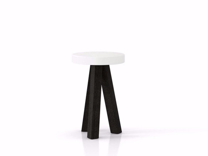 Low trestle-based solid wood stool FLAK | Low stool - Punt