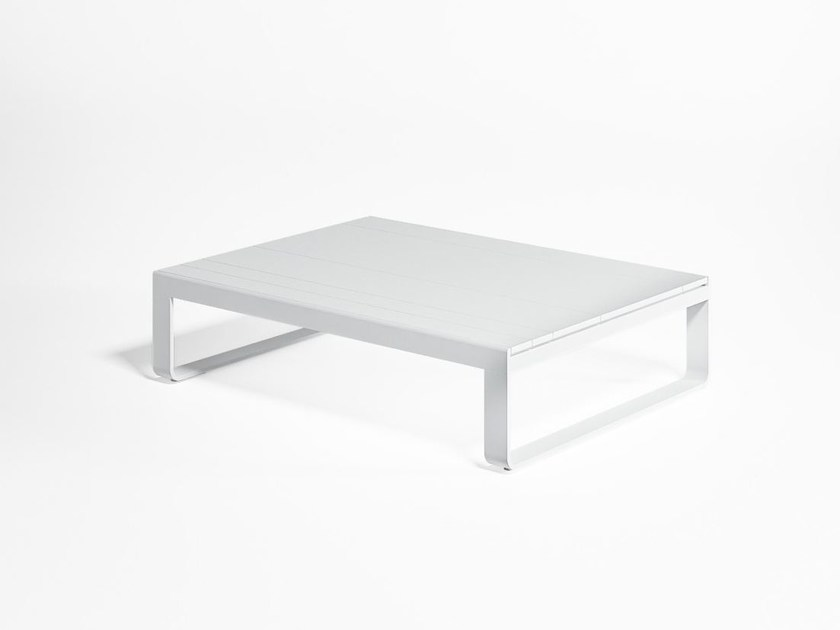 Thermo lacquered aluminium garden side table FLAT | Garden side table by GANDIA BLASCO