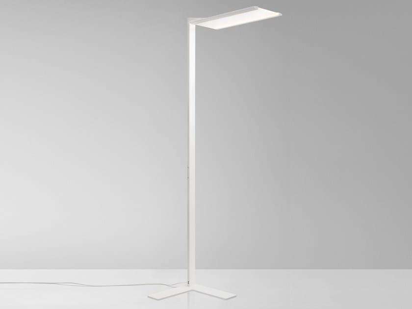 LED aluminium floor lamp FLY by Quadrifoglio