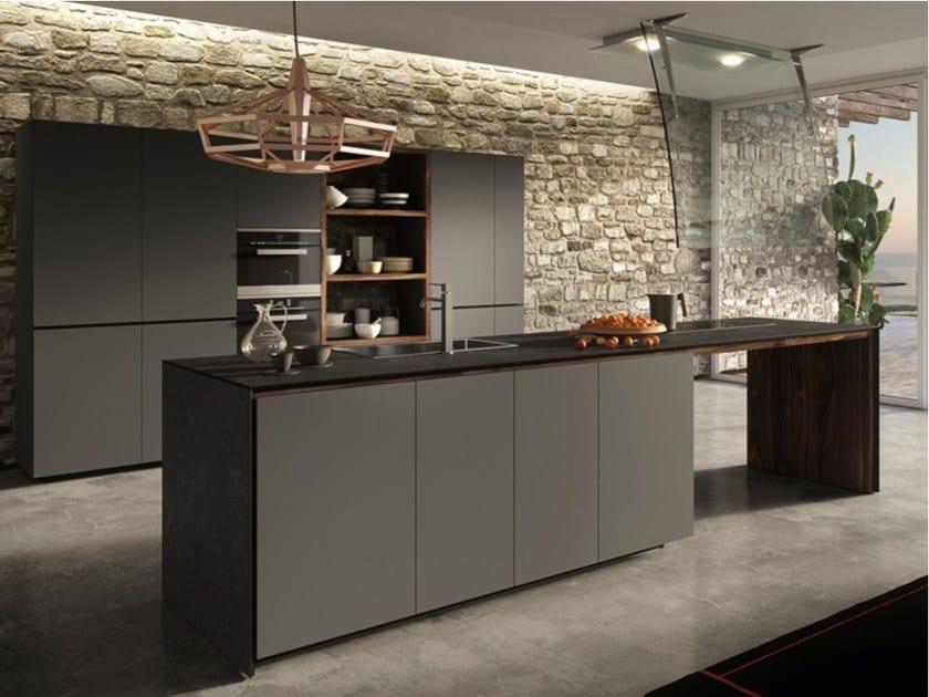 Einbauküche mit lackierte fronte forma mentis   lackierten fronten ...