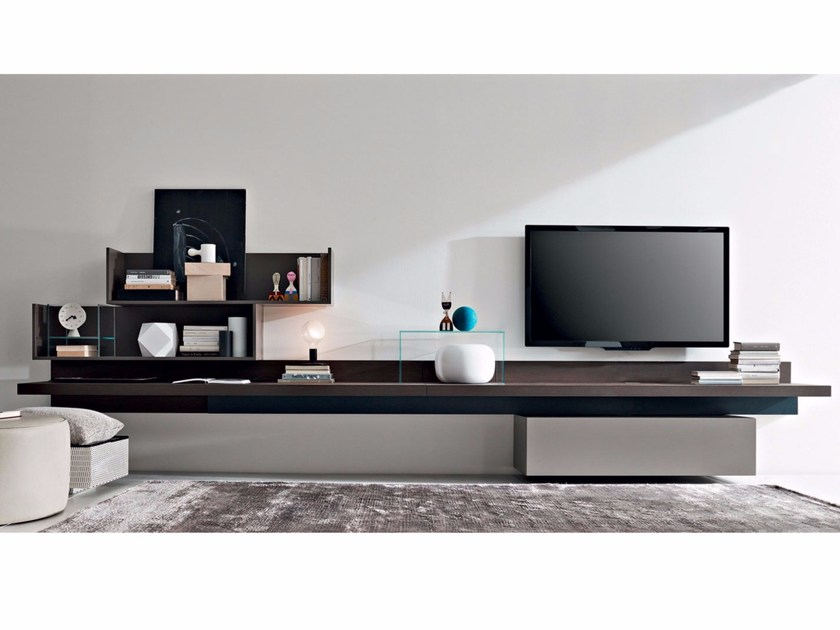 Sectional wooden storage wall FORTEPIANO | Wooden storage wall by Molteni