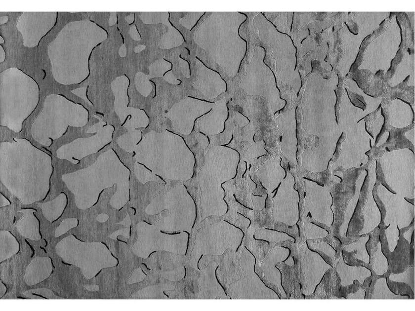 Handmade rug FOSSIL MACADAM - EDITION BOUGAINVILLE