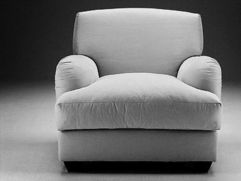 Upholstered armchair with armrests FR91 | Armchair with armrests - Matrix International