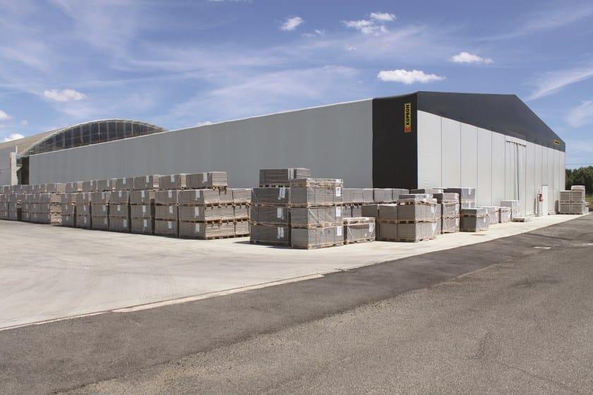 Sistema costruttivo in carpenteria metallica capannoni in for Grandi magazzini mobili