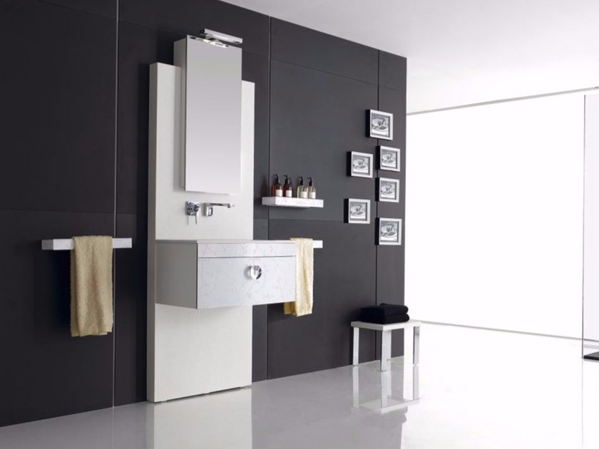 Wall-mounted polyurethane vanity unit with drawers with mirror FUSSION FLORES 02 by Fiora