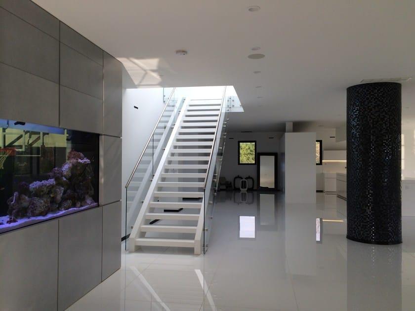 scala a giorno autoportante rettilinea in legno e vetro future modern siller treppen. Black Bedroom Furniture Sets. Home Design Ideas