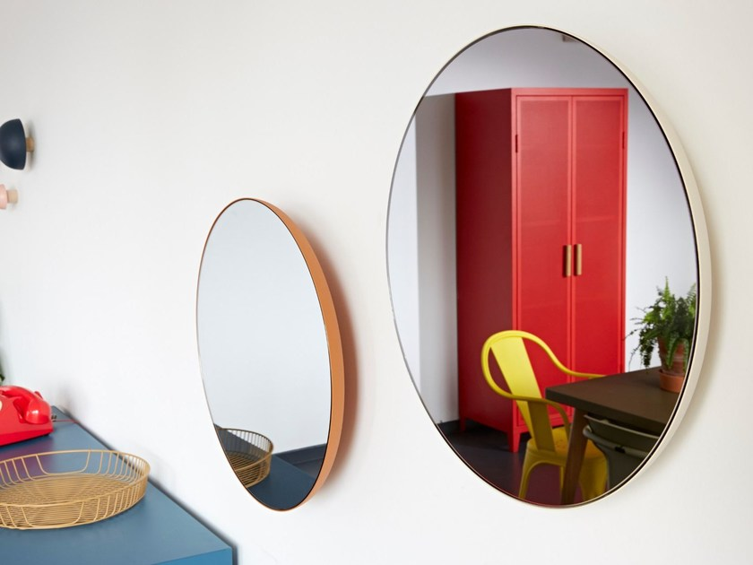 Round wall-mounted framed mirror G16   Mirror by Tolix