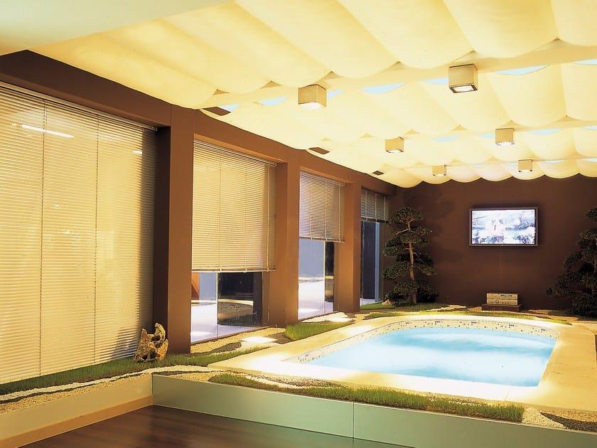 Tenda per finestre da tetto elettrica garden 431 432 mottura - Pannelli oscuranti finestre ...