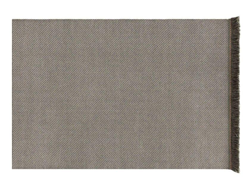Solid-color rectangular polypropylene outdoor rugs GARDEN LAYERS GREEN   Rectangular rug by GAN