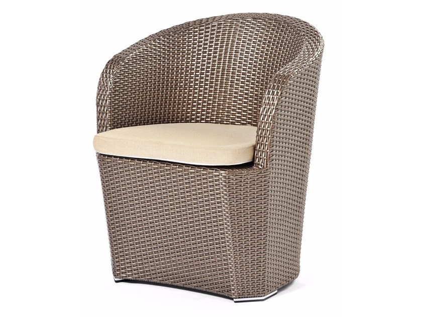 Hand woven man-made fibre easy chair GARDENIA | Easy chair - Varaschin