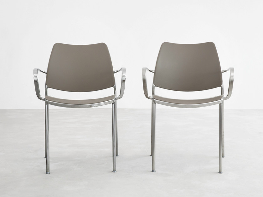 Stackable polypropylene chair with armrests GAS | Polypropylene chair - STUA