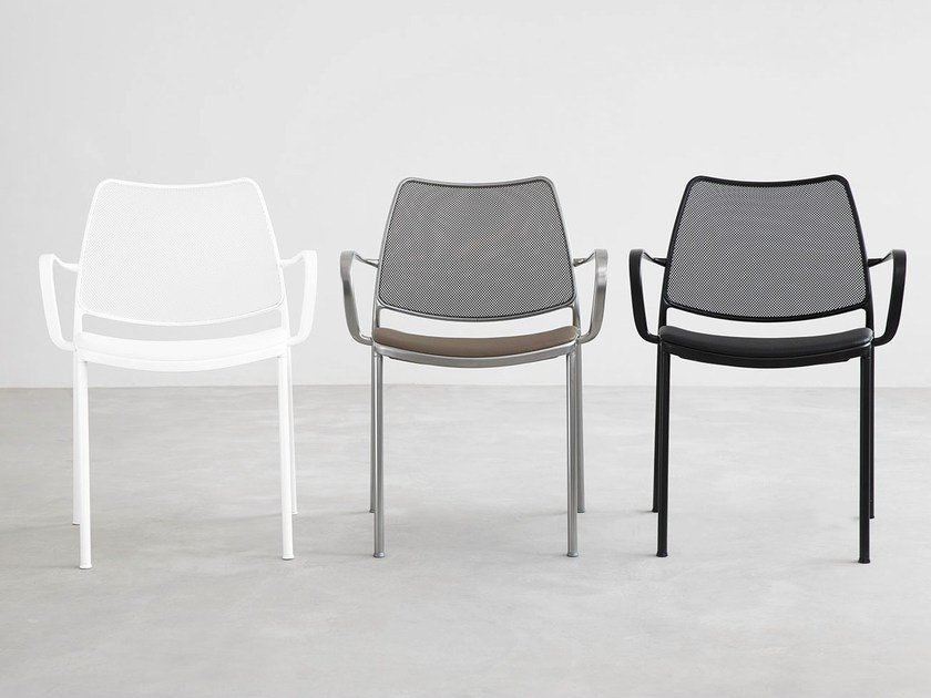 Stackable polyester fibre chair with armrests GAS | Polyester fibre chair - STUA