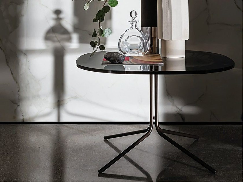 Glass coffee table GENIUS SHAPED - SOVET ITALIA