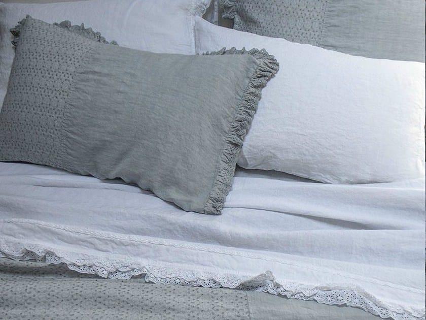 Solid-color embroidered linen bedding set GENZIANA | Bedding set - LA FABBRICA DEL LINO by Bergianti & Pagliani
