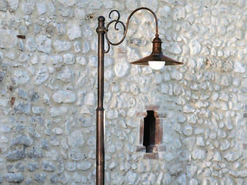 Metal garden lamp post GHERLA | Garden lamp post by Aldo Bernardi