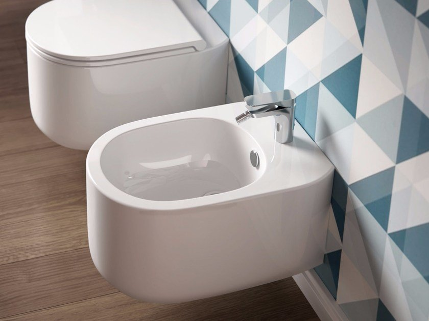 Wall-hung ceramic bidet GIÒ EVOLUTION | Wall-hung bidet - Hidra Ceramica