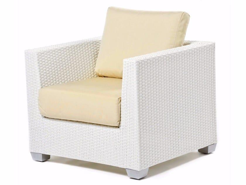 Hand woven man-made fibre armchair GIADA | Armchair - Varaschin