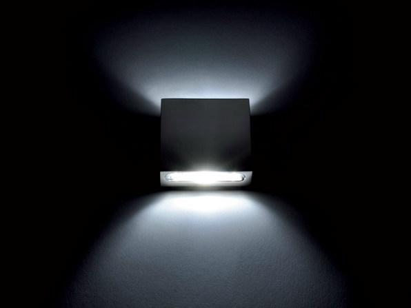 LED direct-indirect light wall light GLADIS 2L by Quicklighting