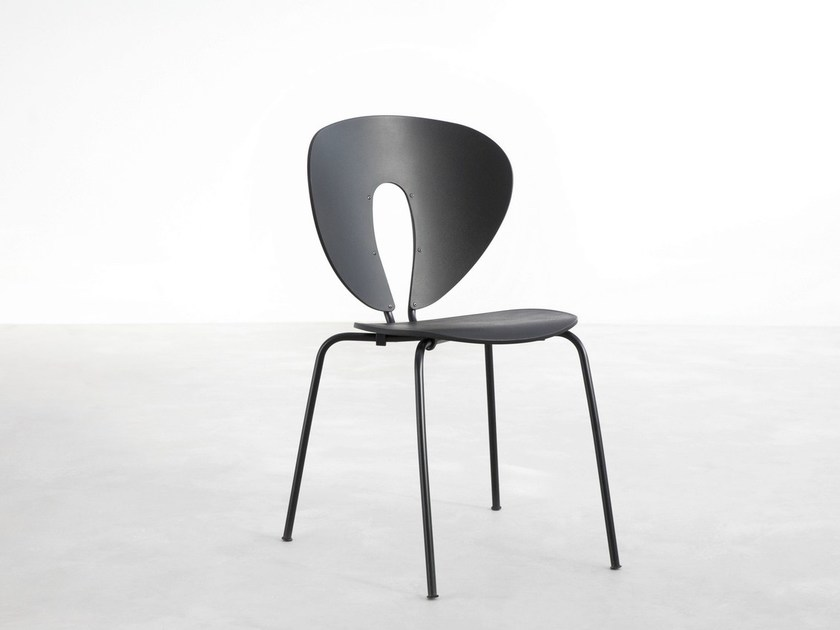 Stackable lacquered chair GLOBUS | Lacquered chair by STUA