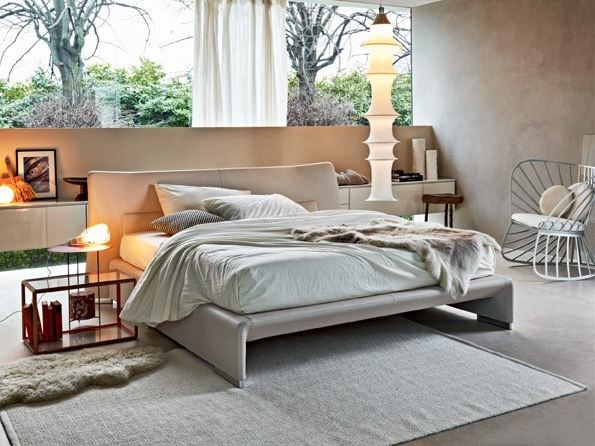 Leather double bed GLOVE | Leather bed - MOLTENI & C.