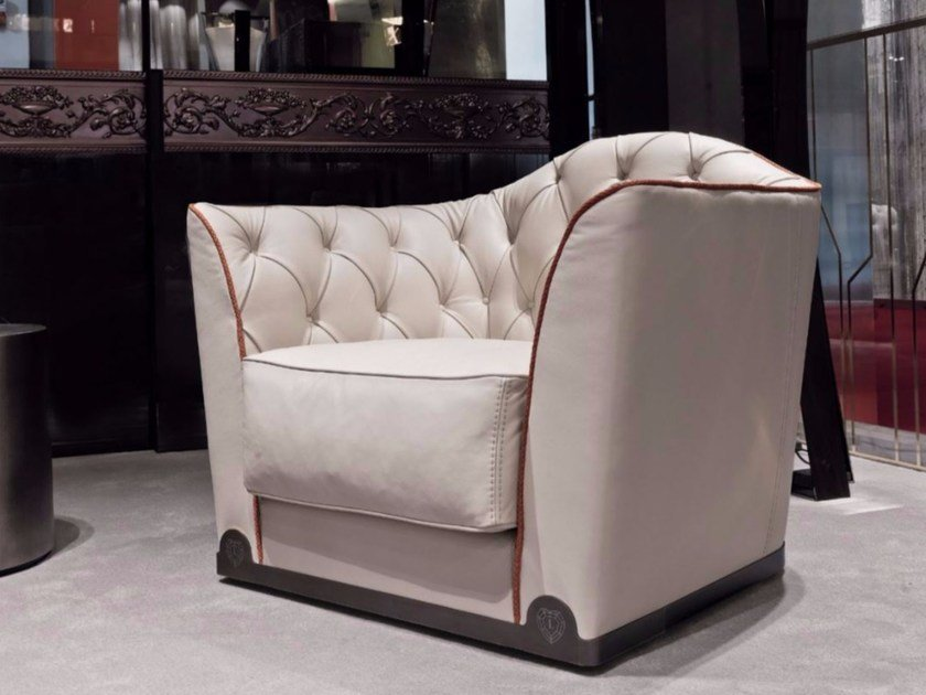 Tufted leather armchair with armrests GRACE | Leather armchair - Longhi