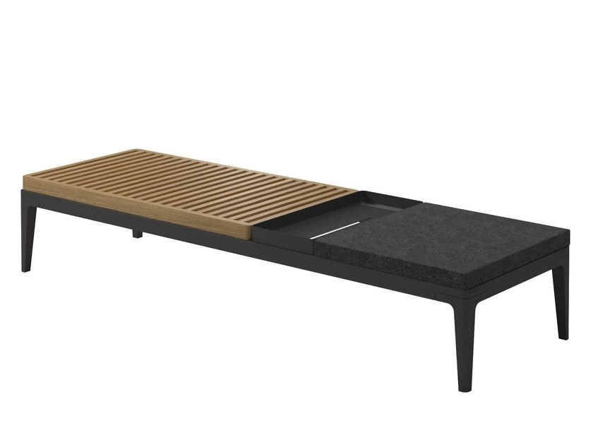 Contemporary style garden side table GRID | Coffee table by Gloster