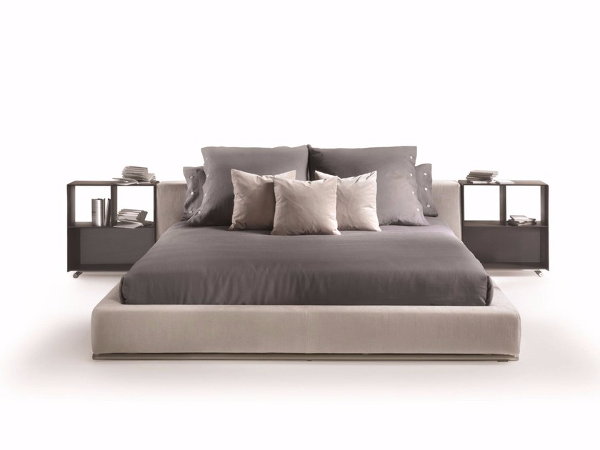 Fabric double bed with removable cover GROUNDPIECE | Bed - FLEXFORM