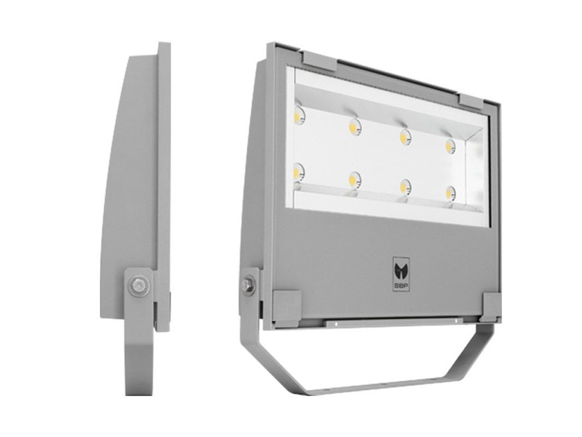 LED adjustable Outdoor floodlight GUELL 3 - Performance in Lighting