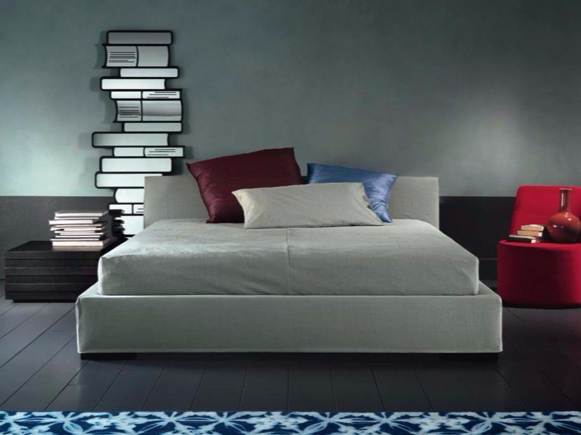 Upholstered double bed HERMAN - Casamilano