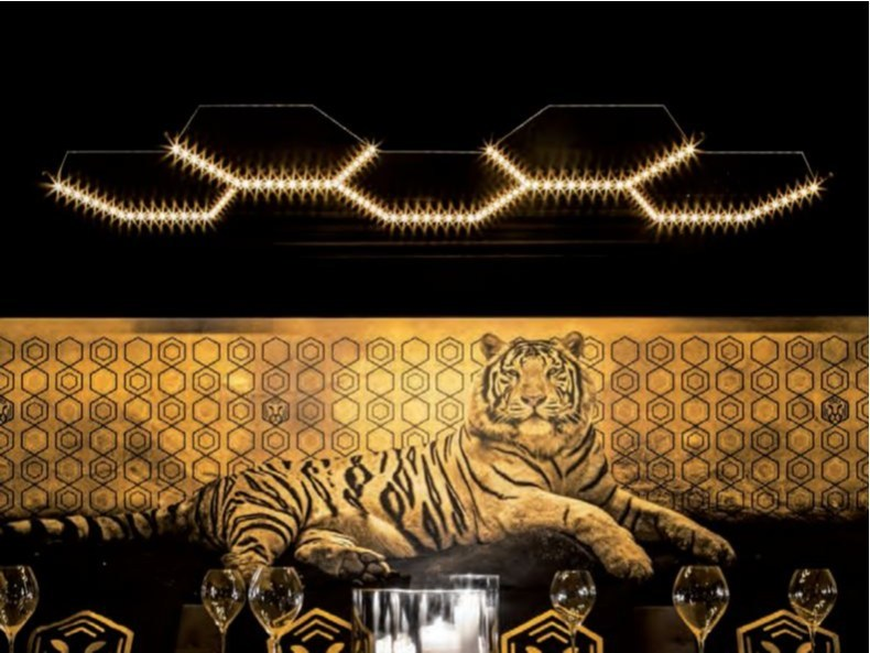 LED direct-indirect light powder coated steel pendant lamp HEXA 5 by Le Deun Luminaires