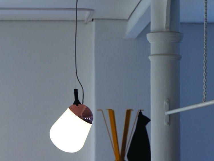 Compact fluorescent adjustable glass pendant lamp HIPPO | Pendant lamp by Vertigo Bird