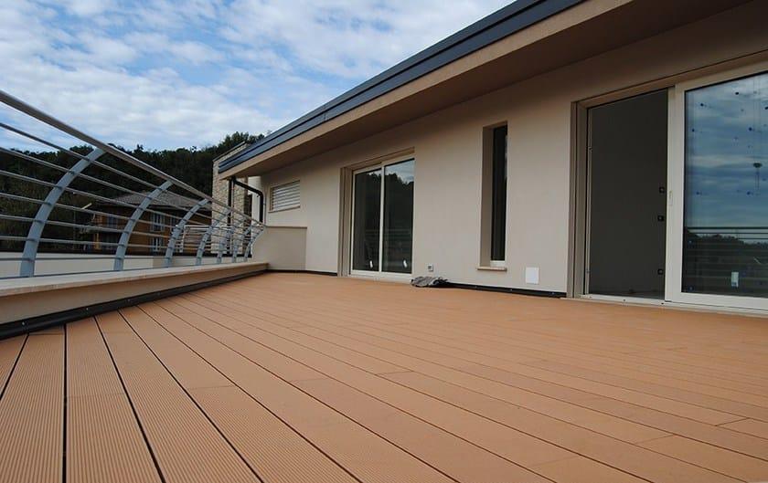 Pavimento per esterni / Decking in legno composito DARK KIT - NOVOWOOD