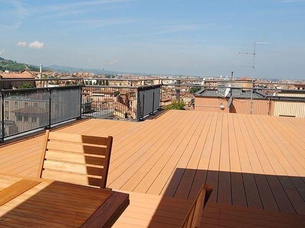 Pavimento per esterni decking in legno composito wood - Legno composito per esterni ...