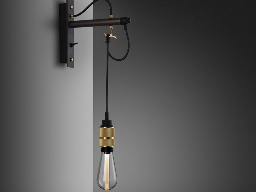 HOOKED WALL NUDE / GRAPHITE & BRASS