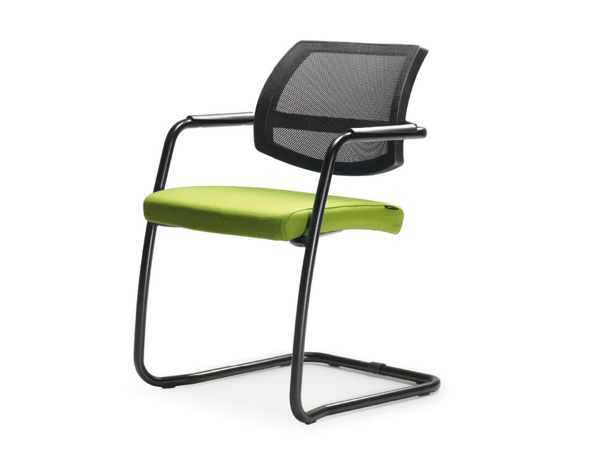 Cantilever stackable mesh chair with armrests HOST | Mesh chair - Quinti Sedute