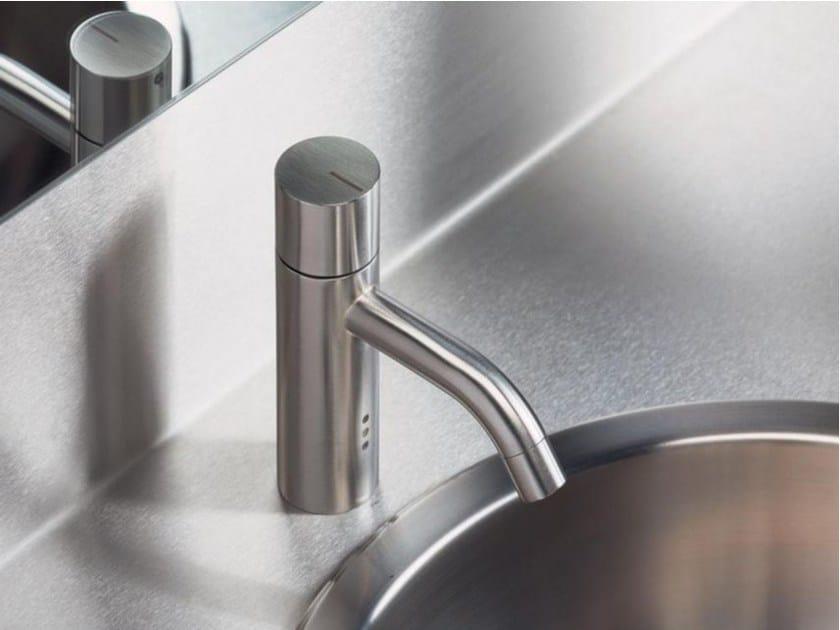Countertop 1 hole washbasin mixer HV1E | Washbasin mixer by VOLA