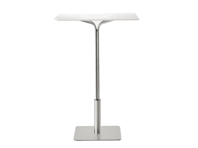 Square high table IKE | High table - Desalto