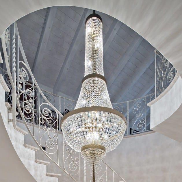 Lampadari per vani scale foto petra nei vani scala di for Lampadari per vani scale