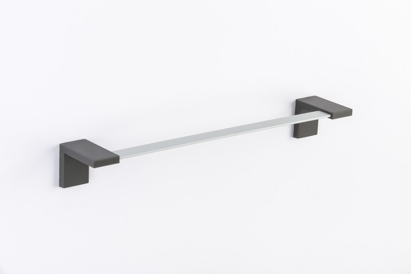 Stainless steel towel rail INLINEA | Towel rack by Geelli by C.S.
