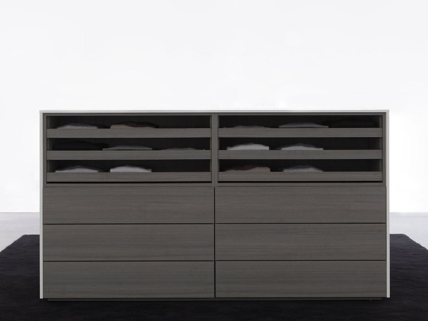 Free standing lacquered wooden chest of drawers ISOLA by Porro